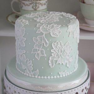 Виртуозный торт з красивым узором