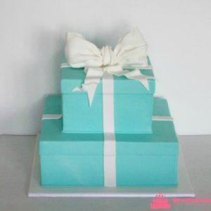 Двох'ярусний торт-подарунок