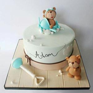 Торт с фигурками медведей