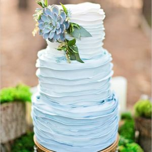 Торт нежно-голубой Омбре