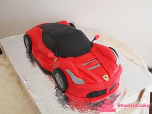 Детский торт на заказ в виде машины
