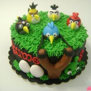 Торт-полянка с фигурками Angry Birds