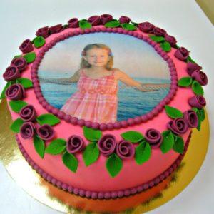 Тортик из маленьких мастичных роз