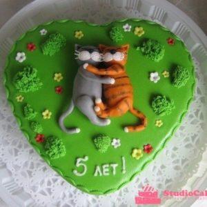 Торт «Влюблённые котята»
