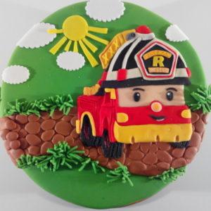Тортик-пейзаж с пожарной машинкой из мультика