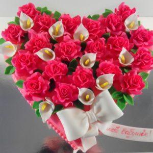 Торт «Цветочное сердце»