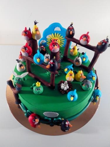 Детский торт на заказ с персонажами мультфильма Angry Birds