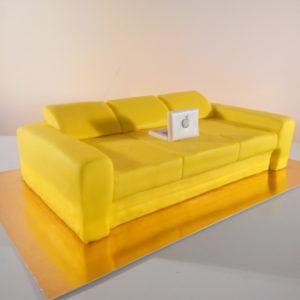 Торт-жёлтый диван