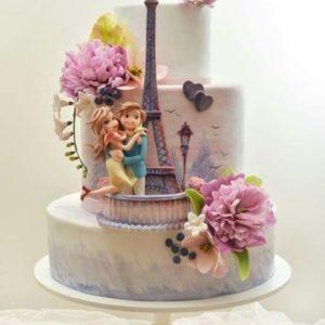 Шикарний триярусний торт на французьку тематику