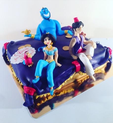 Детский торт на заказ с персонажами мультфильма Алладин