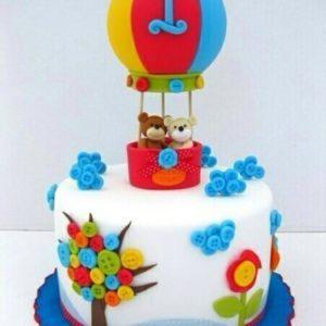 «Воздушный» торт с мишками в воздушном шаре