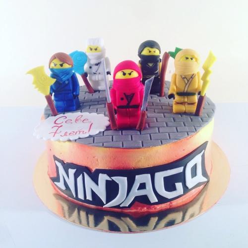 Детский торт на заказ с персонажами мультфильма ЛЕГО Ниндзяго