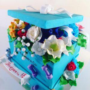 Бірюзовий торт-подарунок містичних квітів