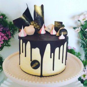 Торт черное золото