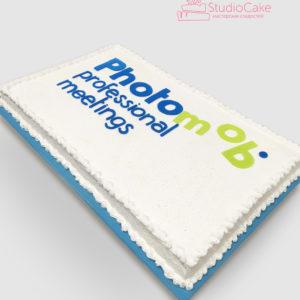 Білий кремовий торт з написом