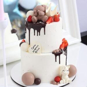Двухъярусный торт на день рождения девочке