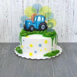 Торт с пряником в виде трактора