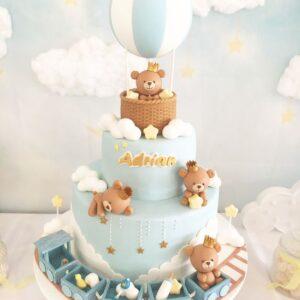 Торт в блакитних тонах