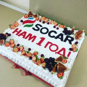 Белый торт SOCAR
