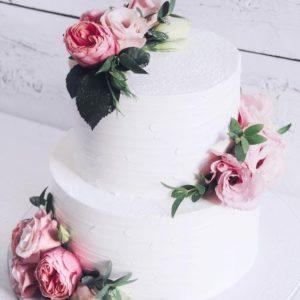 Кремовий весільний торт