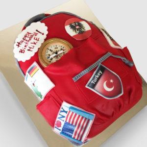 Торт рюкзак туриста