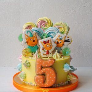 Торт три кота с топперами