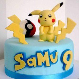 Голубой торт на тематику покемонов