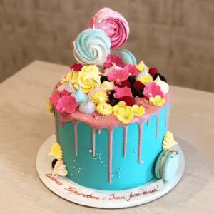 Бирюзовый торт с безе