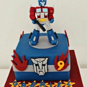 Сине-белый торт с Оптимусом Праймом из Трансформеров