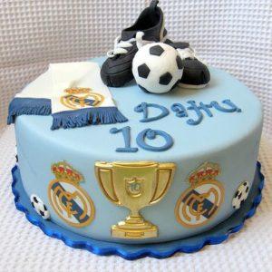 Торт с символикой Мадридского Реала