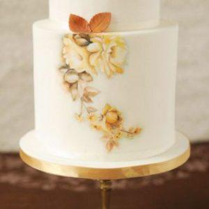 Красивый торт с рисунком цветов