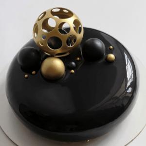 Черный муссовый торт