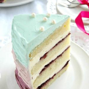 Кусочек берюзового торта